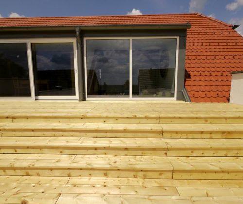 Terrasse aus Zirbe - Stufen