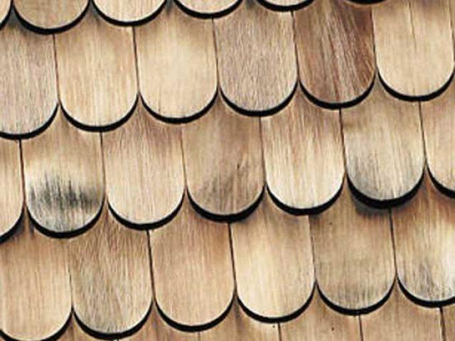 Dachschindeln aus Holz