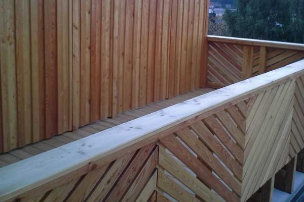 Sichtschutz aus Lärchenholz