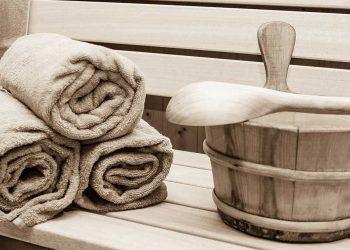 Saunazubehör - Aufgusseimer, Kelle und Handtücher