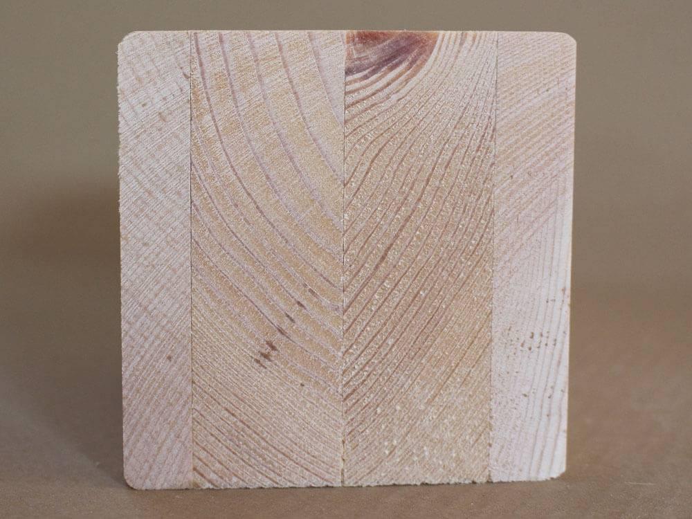 Ecksteher aus Zirbenholz einseitig eingefräst