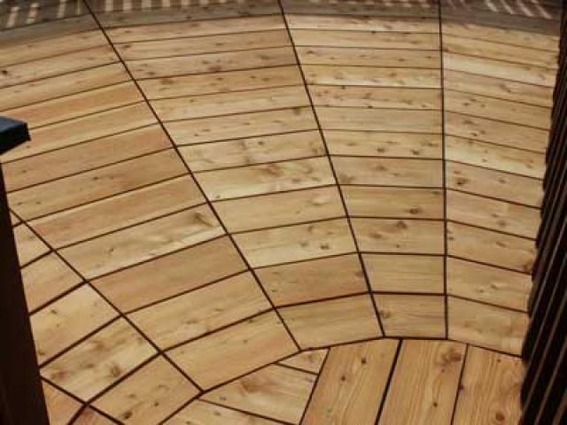 Terrasse aus Lärche - Jetzt Lärchenholz kaufen