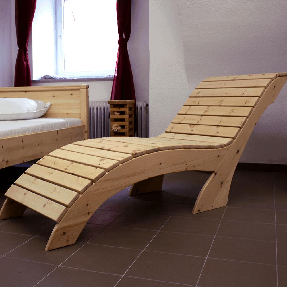 Zirbenholz-Relaxliege
