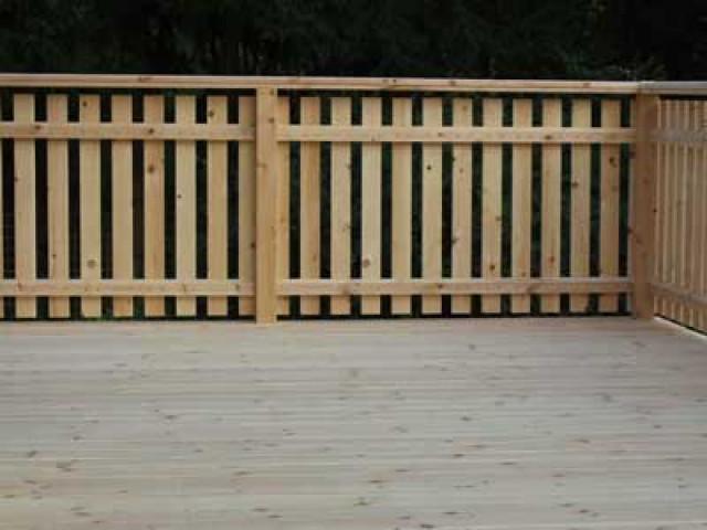 Terrasse und Terrassendielen aus Zirbenholz